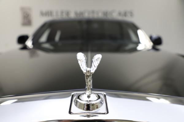 Used 2015 Rolls-Royce Phantom EWB for sale $299,900 at Bentley Greenwich in Greenwich CT 06830 20