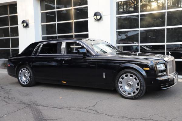 Used 2015 Rolls-Royce Phantom EWB for sale $289,900 at Bentley Greenwich in Greenwich CT 06830 3