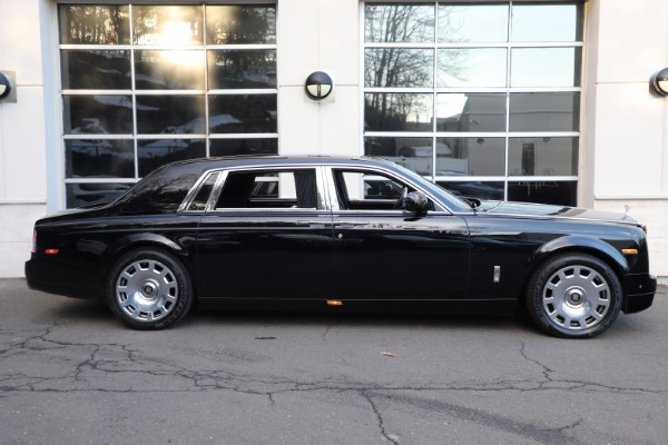 Used 2015 Rolls-Royce Phantom EWB for sale $289,900 at Bentley Greenwich in Greenwich CT 06830 4
