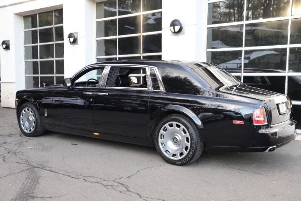 Used 2015 Rolls-Royce Phantom EWB for sale $289,900 at Bentley Greenwich in Greenwich CT 06830 7