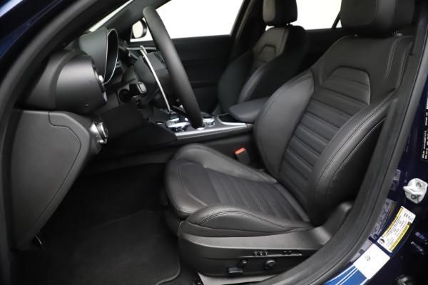 New 2021 Alfa Romeo Giulia Ti Sport Q4 for sale $52,100 at Bentley Greenwich in Greenwich CT 06830 15
