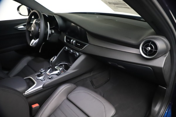 New 2021 Alfa Romeo Giulia Ti Sport Q4 for sale $52,100 at Bentley Greenwich in Greenwich CT 06830 22