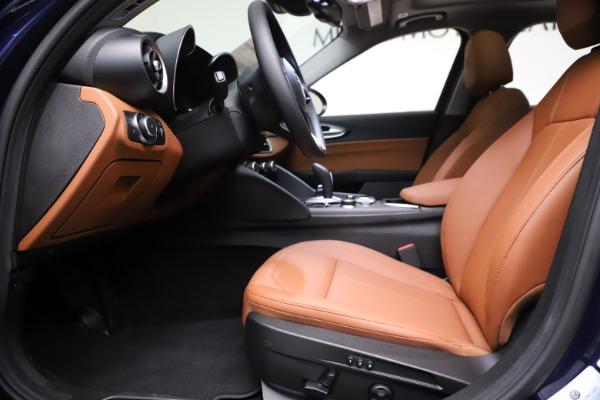 New 2021 Alfa Romeo Giulia Ti Q4 for sale $51,100 at Bentley Greenwich in Greenwich CT 06830 14