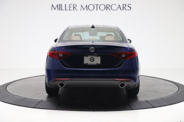 New 2021 Alfa Romeo Giulia Ti Q4 for sale $51,100 at Bentley Greenwich in Greenwich CT 06830 6