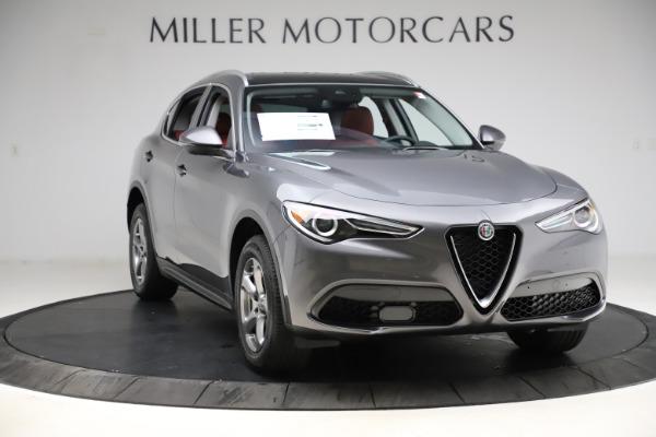New 2021 Alfa Romeo Stelvio Q4 for sale $48,050 at Bentley Greenwich in Greenwich CT 06830 11