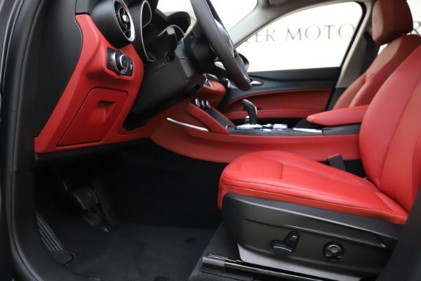 New 2021 Alfa Romeo Stelvio Q4 for sale $48,050 at Bentley Greenwich in Greenwich CT 06830 14