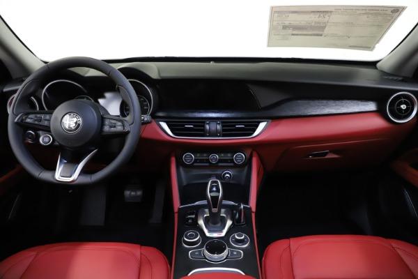 New 2021 Alfa Romeo Stelvio Q4 for sale $48,050 at Bentley Greenwich in Greenwich CT 06830 16