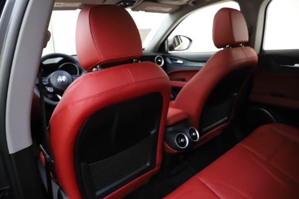 New 2021 Alfa Romeo Stelvio Q4 for sale $48,050 at Bentley Greenwich in Greenwich CT 06830 20