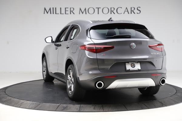 New 2021 Alfa Romeo Stelvio Q4 for sale $48,050 at Bentley Greenwich in Greenwich CT 06830 5