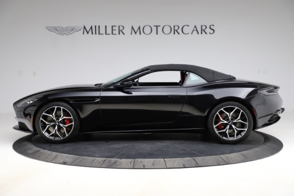 Used 2019 Aston Martin DB11 Volante for sale $204,900 at Bentley Greenwich in Greenwich CT 06830 24