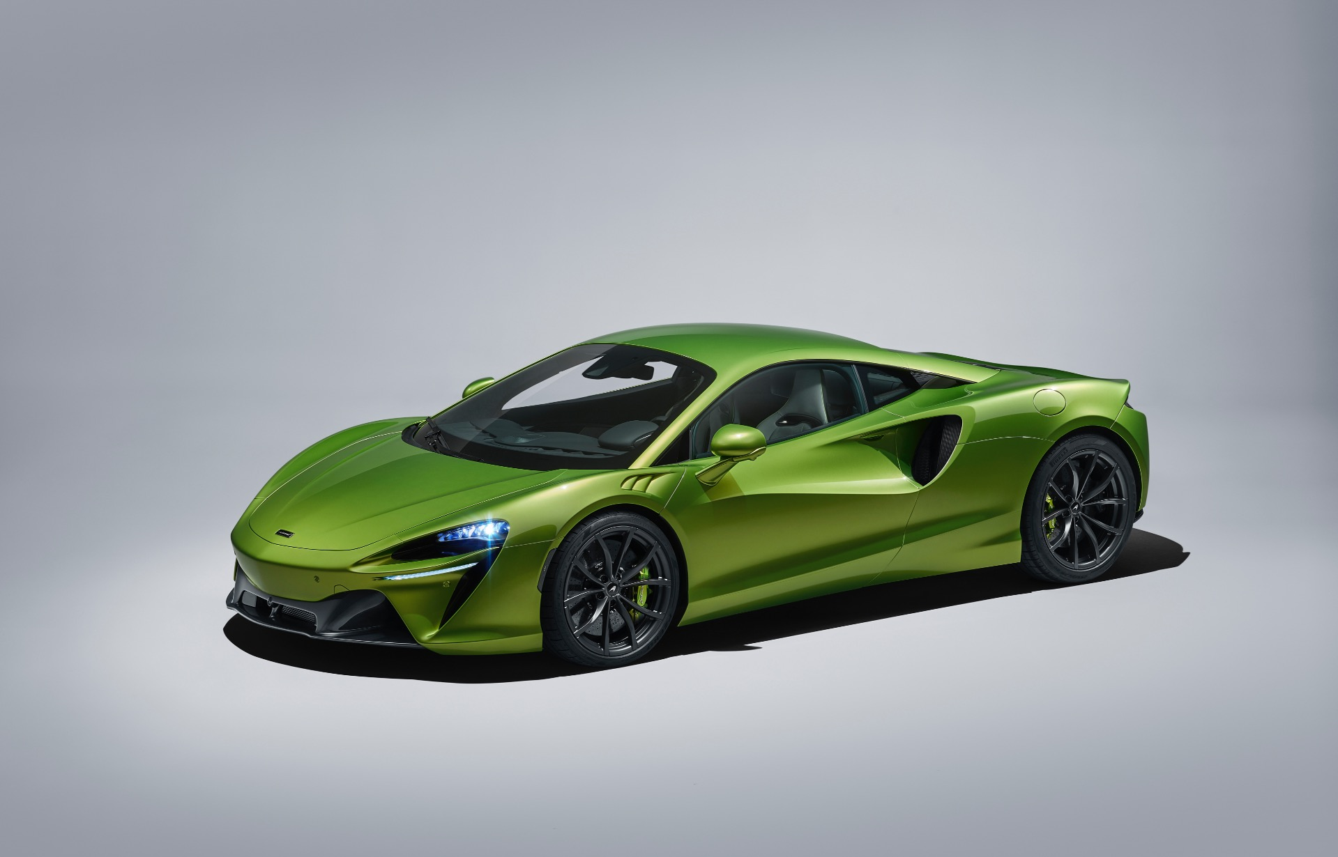 New 2021 McLaren Artura for sale Call for price at Bentley Greenwich in Greenwich CT 06830 1