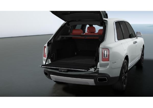 New 2021 Rolls-Royce Cullinan for sale $391,375 at Bentley Greenwich in Greenwich CT 06830 4