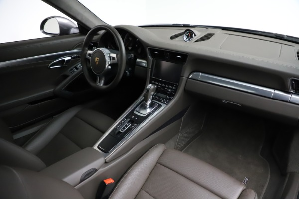 Used 2015 Porsche 911 Turbo for sale $109,900 at Bentley Greenwich in Greenwich CT 06830 20