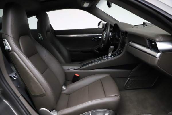 Used 2015 Porsche 911 Turbo for sale $109,900 at Bentley Greenwich in Greenwich CT 06830 21