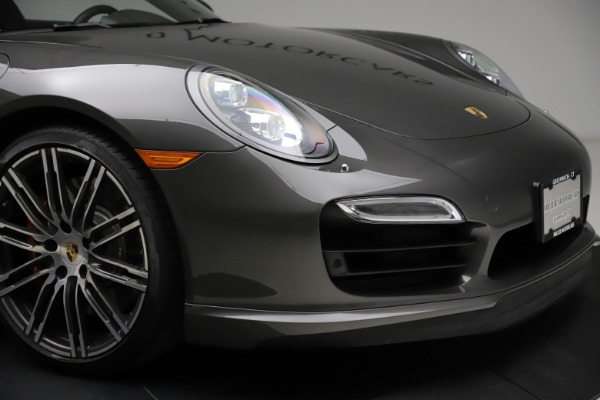 Used 2015 Porsche 911 Turbo for sale $109,900 at Bentley Greenwich in Greenwich CT 06830 26