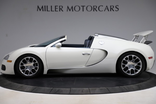 Used 2010 Bugatti Veyron 16.4 Grand Sport for sale Call for price at Bentley Greenwich in Greenwich CT 06830 3