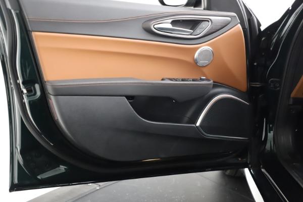 New 2021 Alfa Romeo Giulia Ti Q4 for sale Sold at Bentley Greenwich in Greenwich CT 06830 19