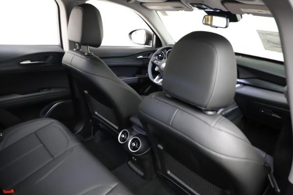 New 2021 Alfa Romeo Stelvio Q4 for sale $50,535 at Bentley Greenwich in Greenwich CT 06830 24
