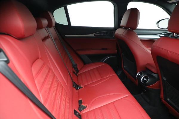 New 2021 Alfa Romeo Stelvio Ti Sport Q4 for sale Sold at Bentley Greenwich in Greenwich CT 06830 25