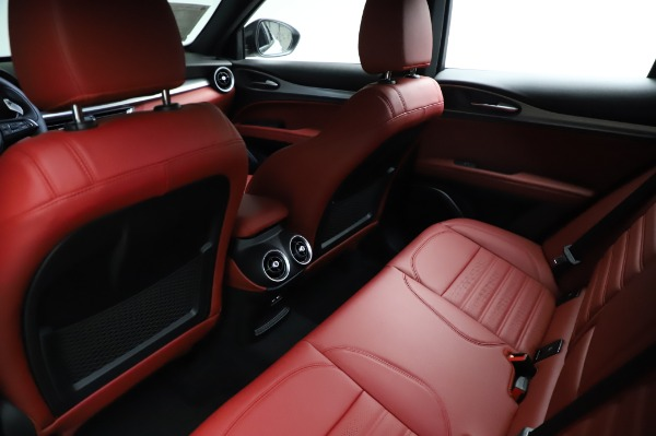 New 2021 Alfa Romeo Stelvio Ti Sport Q4 for sale Sold at Bentley Greenwich in Greenwich CT 06830 18