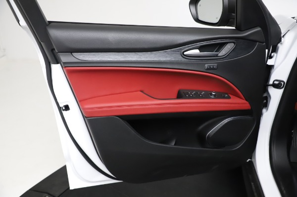 New 2021 Alfa Romeo Stelvio Q4 for sale Sold at Bentley Greenwich in Greenwich CT 06830 17