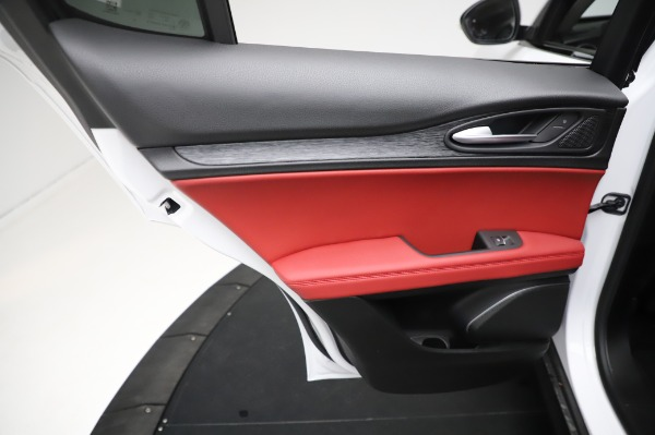 New 2021 Alfa Romeo Stelvio Q4 for sale Sold at Bentley Greenwich in Greenwich CT 06830 21