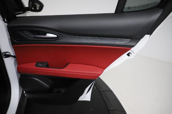 New 2021 Alfa Romeo Stelvio Q4 for sale Sold at Bentley Greenwich in Greenwich CT 06830 26