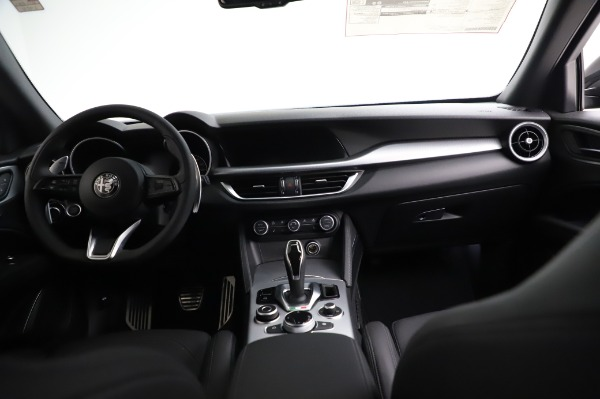 New 2021 Alfa Romeo Stelvio Ti Sport Q4 for sale $57,595 at Bentley Greenwich in Greenwich CT 06830 16