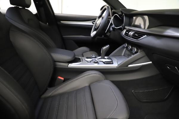 New 2021 Alfa Romeo Stelvio Ti Sport Q4 for sale $57,595 at Bentley Greenwich in Greenwich CT 06830 23