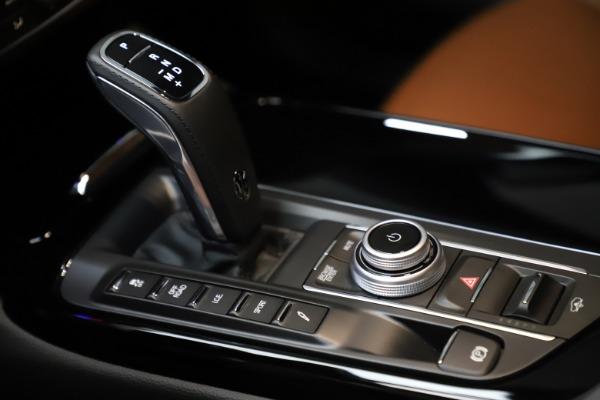New 2021 Maserati Levante S Q4 for sale $98,925 at Bentley Greenwich in Greenwich CT 06830 18