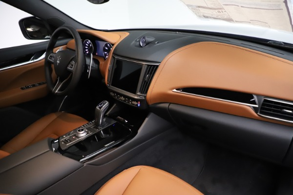 New 2021 Maserati Levante S Q4 for sale $98,925 at Bentley Greenwich in Greenwich CT 06830 24