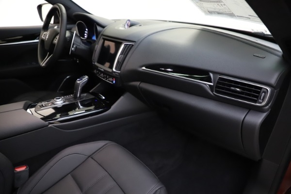 New 2020 Maserati Levante S Q4 GranSport for sale $102,949 at Bentley Greenwich in Greenwich CT 06830 22