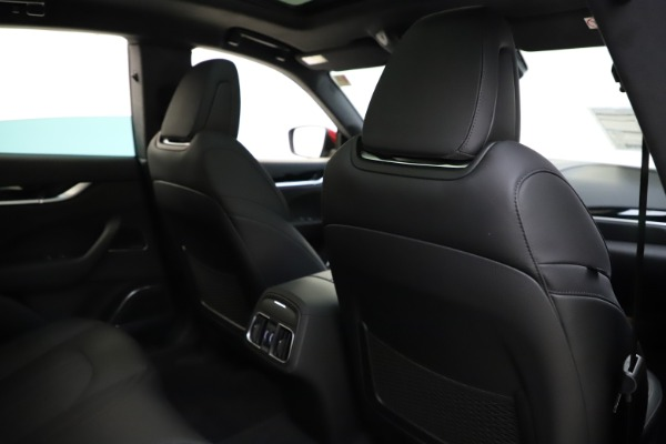 New 2020 Maserati Levante S Q4 GranSport for sale $102,949 at Bentley Greenwich in Greenwich CT 06830 28