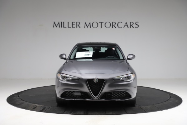 New 2021 Alfa Romeo Giulia Q4 for sale $41,662 at Bentley Greenwich in Greenwich CT 06830 12