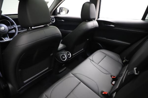 New 2021 Alfa Romeo Stelvio Q4 for sale $49,785 at Bentley Greenwich in Greenwich CT 06830 19