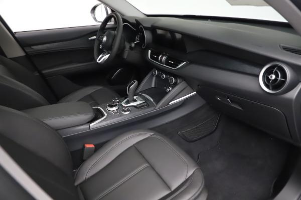 New 2021 Alfa Romeo Stelvio Q4 for sale $49,785 at Bentley Greenwich in Greenwich CT 06830 22