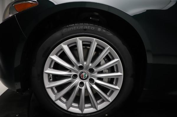 New 2021 Alfa Romeo Giulia Q4 for sale $46,895 at Bentley Greenwich in Greenwich CT 06830 28