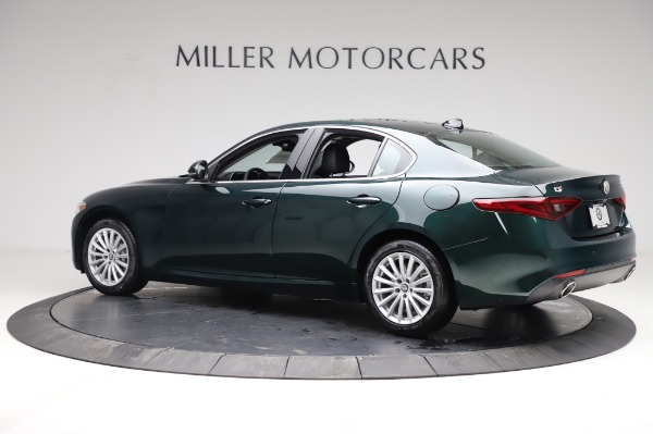New 2021 Alfa Romeo Giulia Q4 for sale $46,895 at Bentley Greenwich in Greenwich CT 06830 4