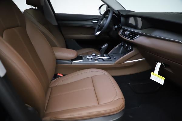 New 2021 Alfa Romeo Stelvio Ti Q4 for sale Sold at Bentley Greenwich in Greenwich CT 06830 23