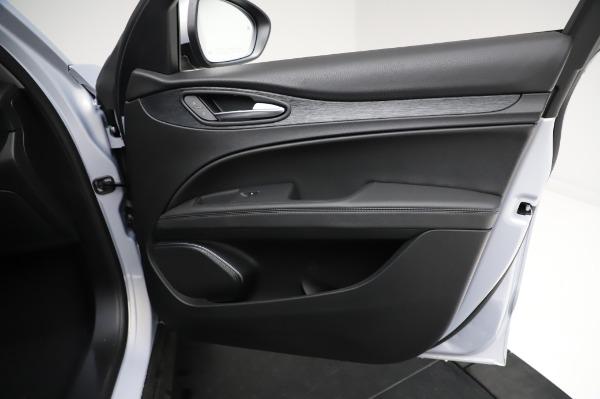 New 2021 Alfa Romeo Stelvio Q4 for sale Sold at Bentley Greenwich in Greenwich CT 06830 25