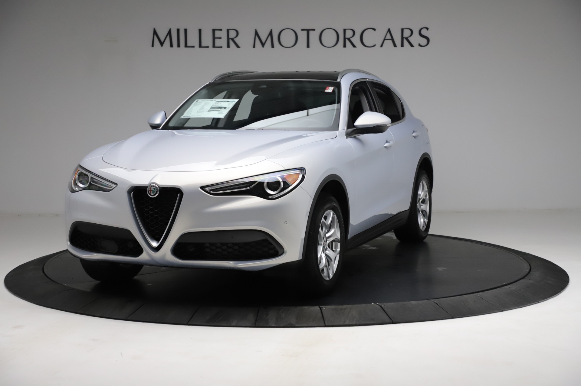 New 2021 Alfa Romeo Stelvio Q4 for sale $50,145 at Bentley Greenwich in Greenwich CT 06830 1