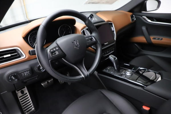 New 2021 Maserati Ghibli S Q4 for sale $90,525 at Bentley Greenwich in Greenwich CT 06830 13