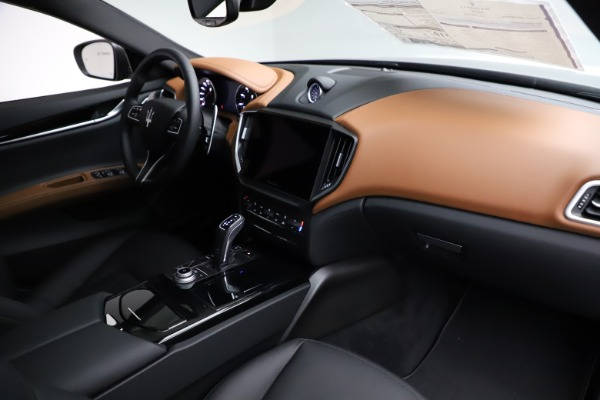 New 2021 Maserati Ghibli S Q4 for sale $90,525 at Bentley Greenwich in Greenwich CT 06830 22
