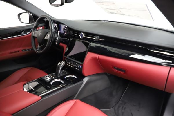 New 2021 Maserati Quattroporte S Q4 GranLusso for sale $122,349 at Bentley Greenwich in Greenwich CT 06830 24