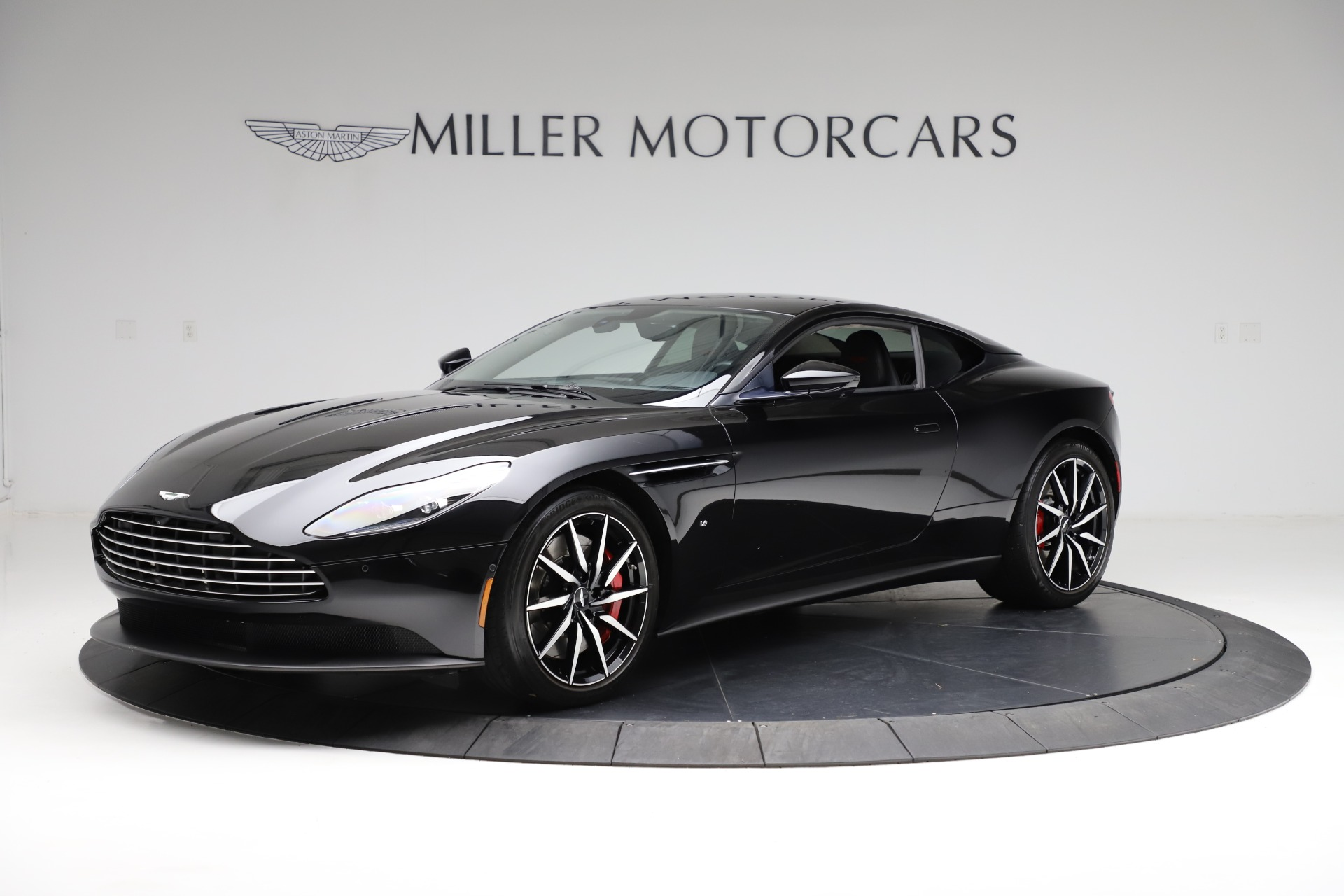 Used 2018 Aston Martin DB11 V12 for sale $159,990 at Bentley Greenwich in Greenwich CT 06830 1