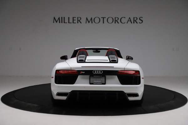 Used 2018 Audi R8 Spyder for sale $154,900 at Bentley Greenwich in Greenwich CT 06830 6