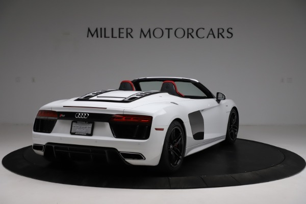 Used 2018 Audi R8 Spyder for sale $154,900 at Bentley Greenwich in Greenwich CT 06830 7