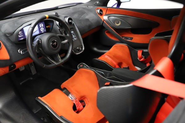 Used 2019 McLaren 600LT for sale $234,900 at Bentley Greenwich in Greenwich CT 06830 15