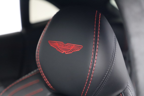 New 2021 Aston Martin DBX for sale $206,286 at Bentley Greenwich in Greenwich CT 06830 22