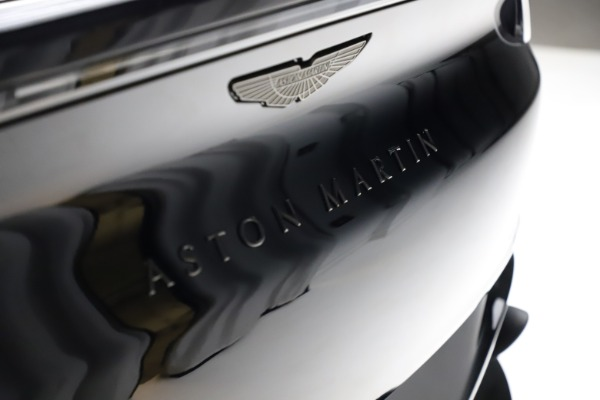 New 2021 Aston Martin DBX for sale $206,286 at Bentley Greenwich in Greenwich CT 06830 23